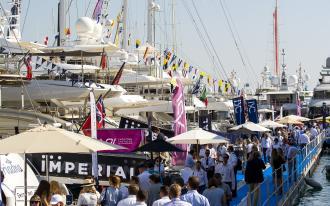 Monaco : Quand les superyachts tiennent salon…