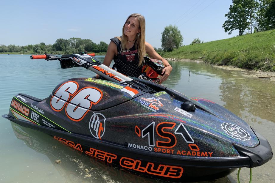 Lisa Caussin-Battaglia,  File vers la victoire !
