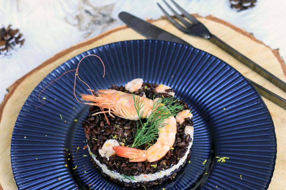Médaillons de riz noir Venere aux crevettes et au crabe