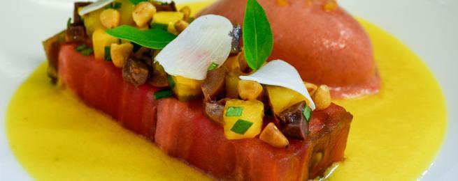 Bouillon glacé de tomates jaunes