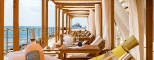Baignade privée au Monte Carlo Bay